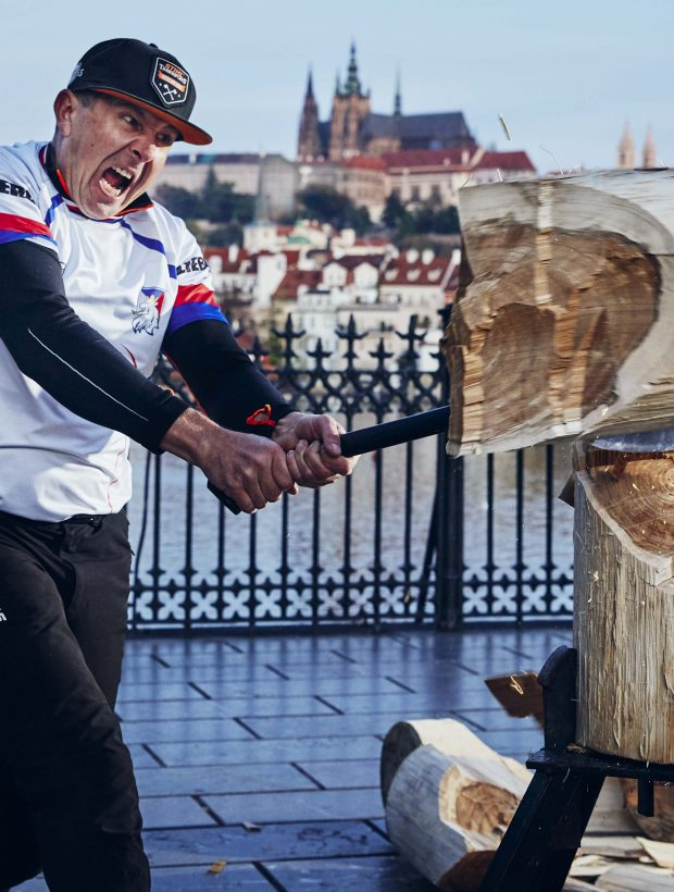 mistrovstvi-sveta-stihl-timbersports-2019-martin-komarek-v-discipline-standing-block-chop